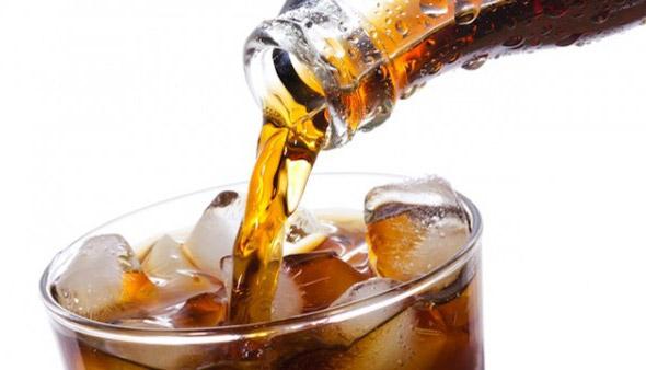 OMS recomenda aumento de impostos de refrigerantes e bebidas açucaradas