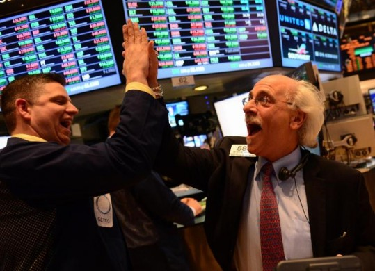 Wall Street fecha com Dow Jones em leve alta