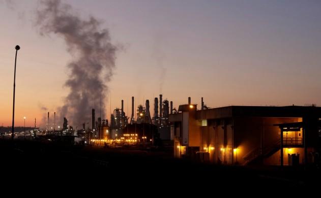 ADVFN News   Petrobras admite vazamento de óleo na Bacia de