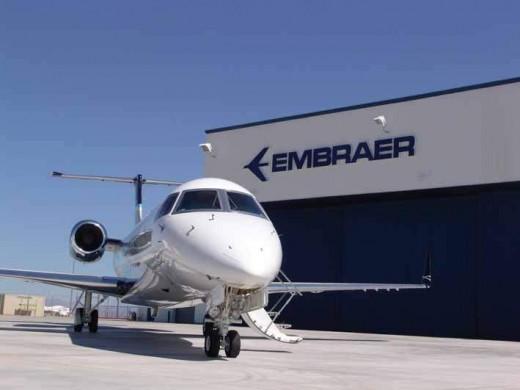Embraer_7_14