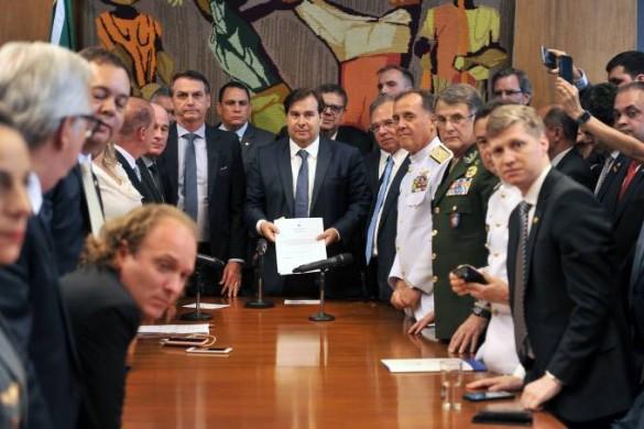 brasil-previdencia-militares-20032019-01