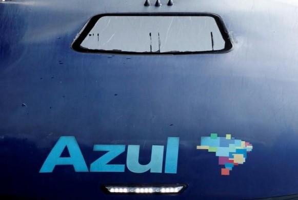 Logo da companhia aérea Azul, em Campinas, no Estado de São Paulo 11/04/2017 REUTERS/Paulo Whitaker